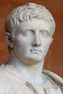 C:\Users\USER\Music\250px-Augustus_30-20BC_Louvre_Ma1278.jpg